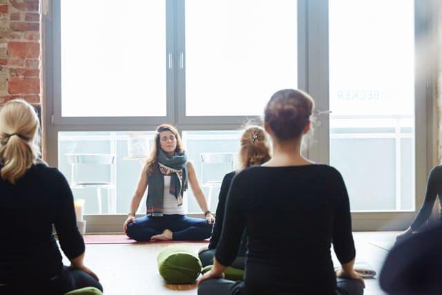 Yogamanufaktur_Wuerzburg_Yoga_am_Abend