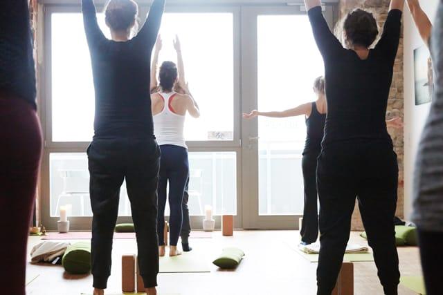 Yogamanufaktur_Wuerzburg_Yoga_am_Morgen