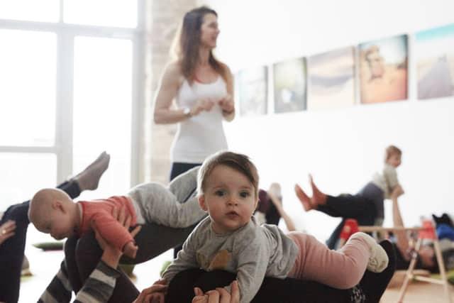 Yogamanufaktur_Wuerzburg_Yoga_nach_der_Geburt