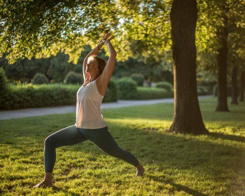 DSC_6159_Barbara-Basic_Yoga