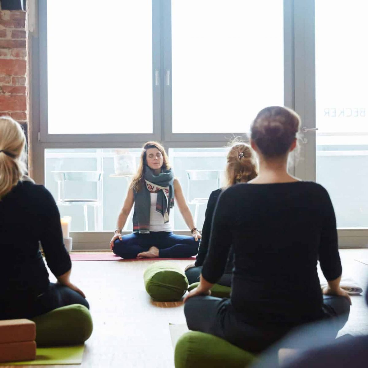 YogaManufaktur_Wuerzburg_Anfangsmeditation